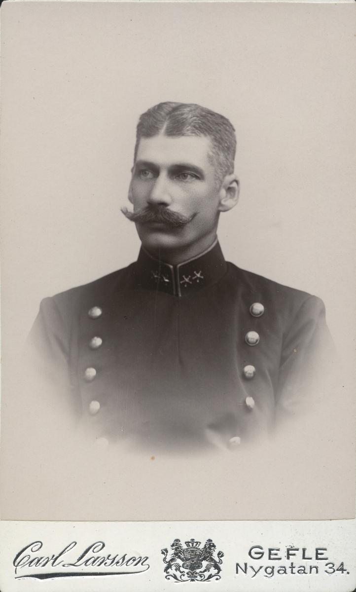 Abrahamsson.