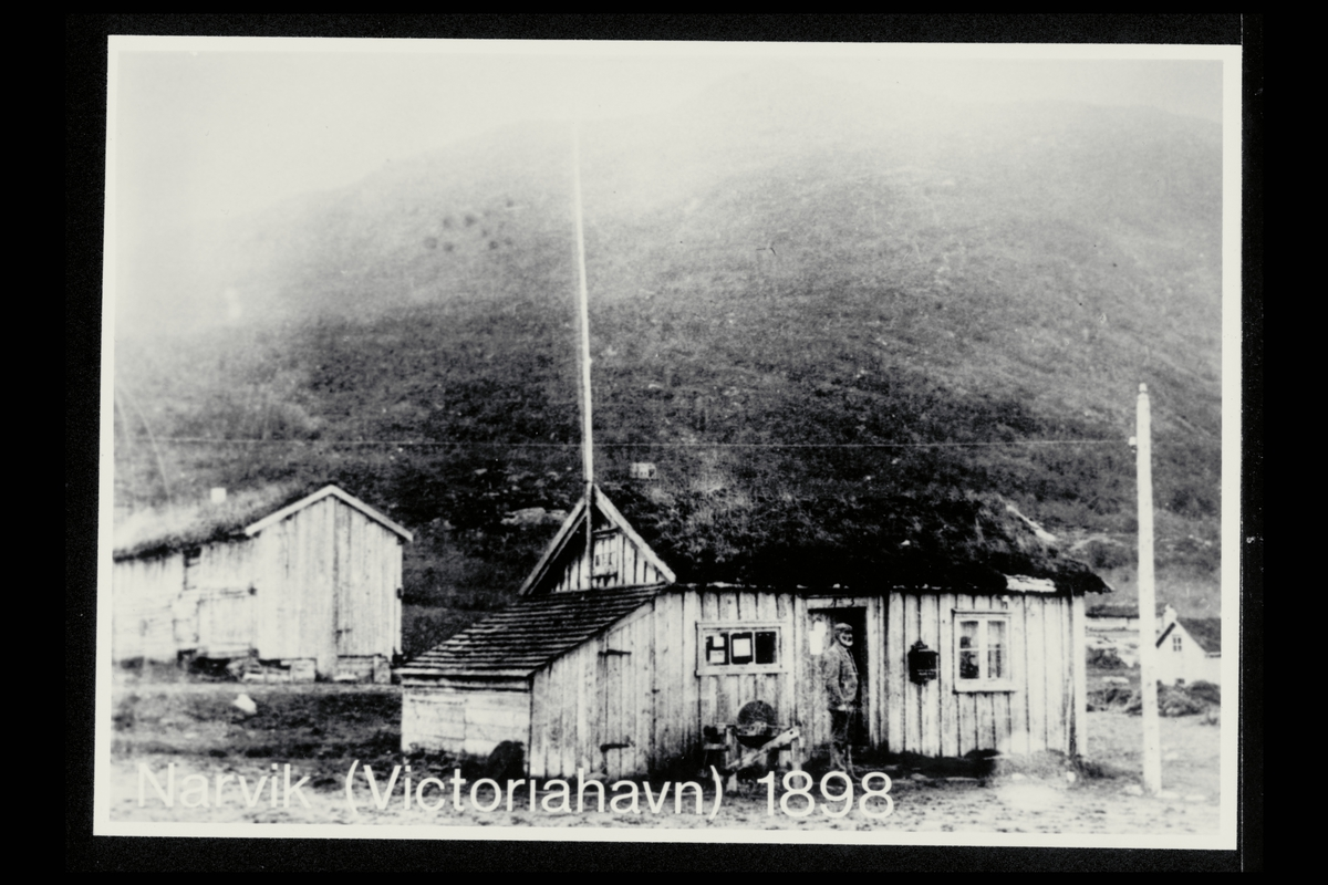 eksteriør, postkontor, 8500 Narvik, postkasse, mann