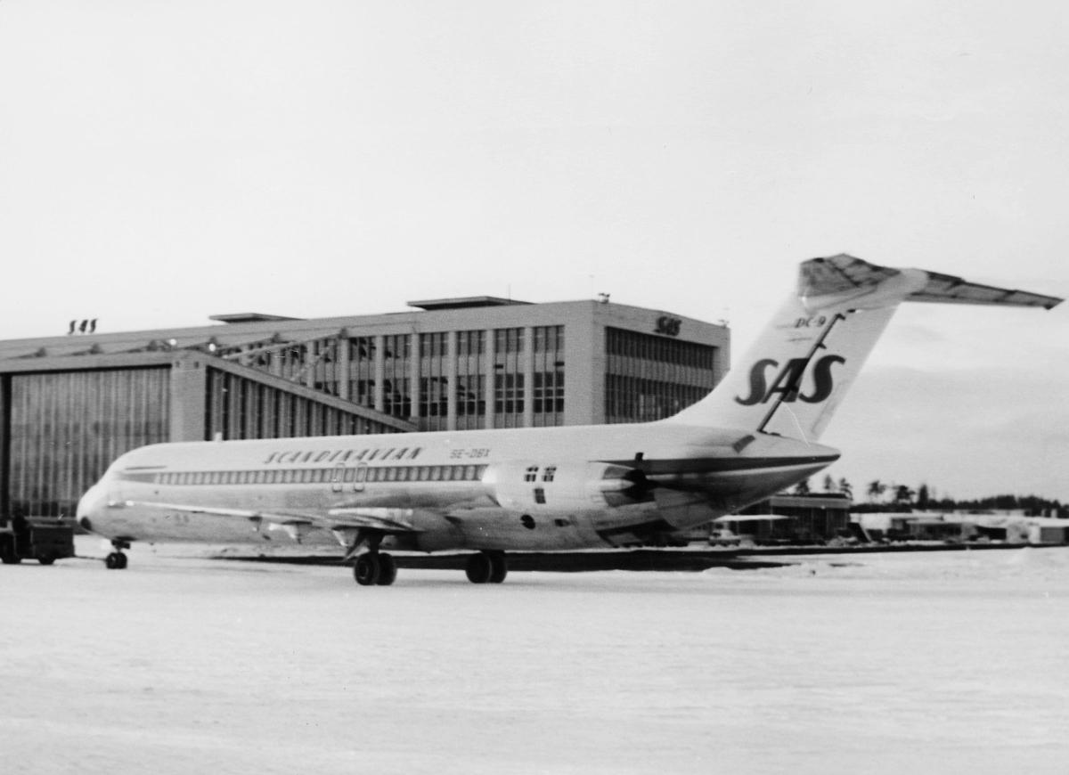 transport, fly, Oslo Lufthavn, SCANDINAVIEN SAS, på bakken