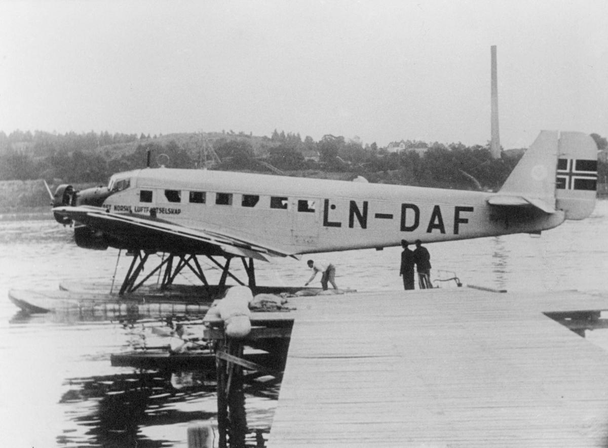 transport, fly, eksteriør, Moss, sjøfly, D.N.L.'s Falken, på vann