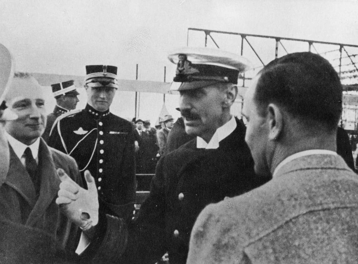 transport, fly, flyplass, Sola, åpningen, H.M. Kong Haakon 7.