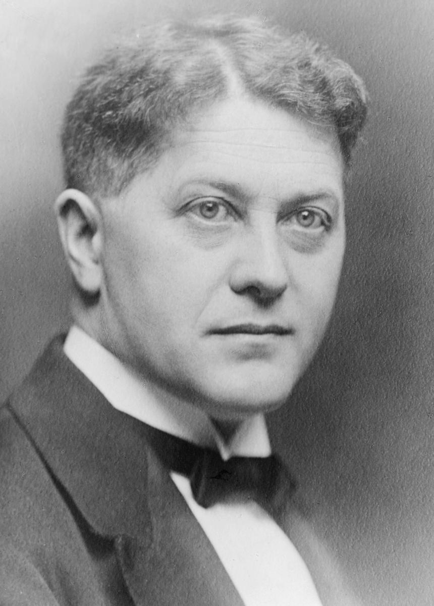 portrett, postmester, Einar Bernhard Eriksen
