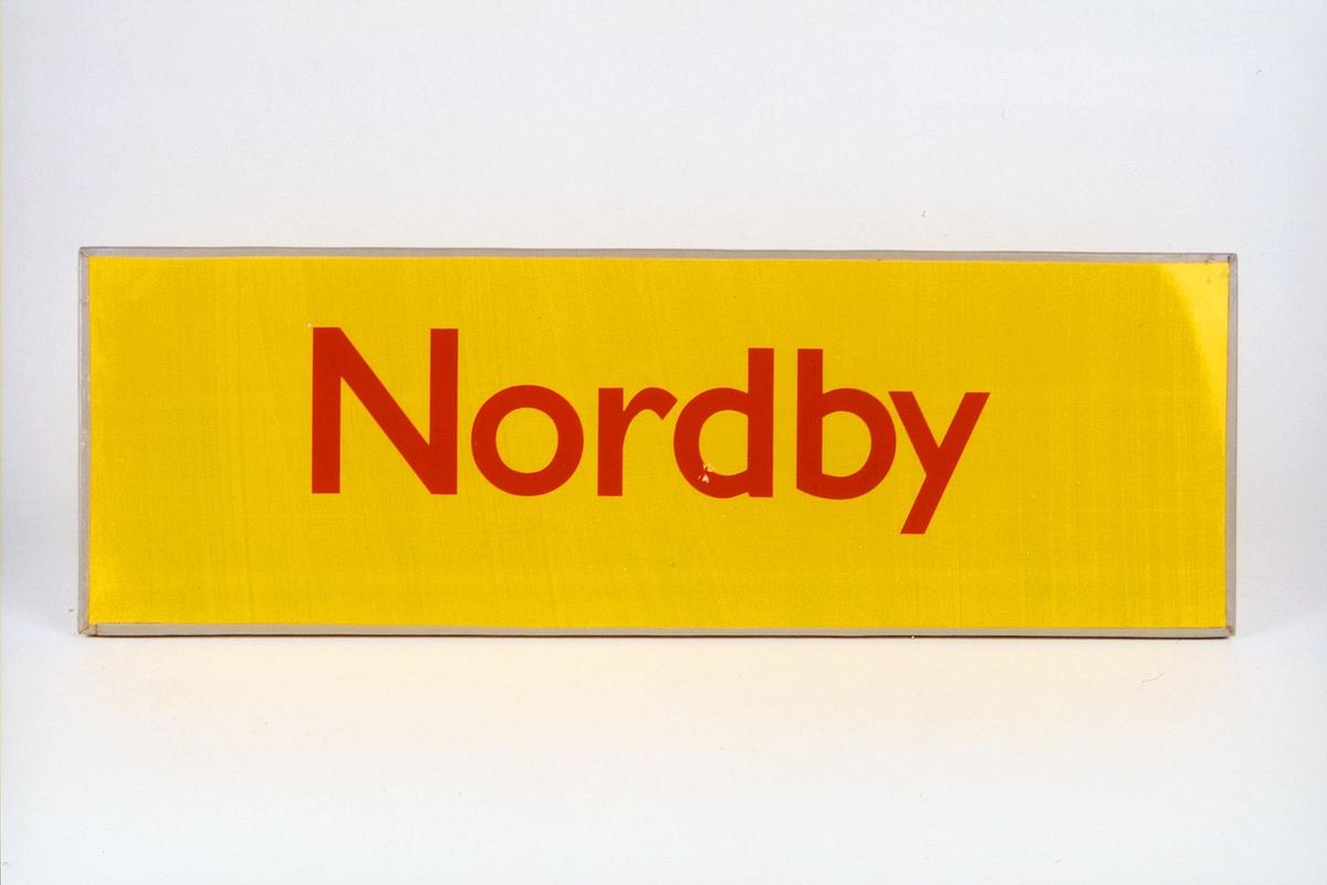 Postmuseet, gjenstander, skilt, stedskilt, stedsnavn, Nordby.