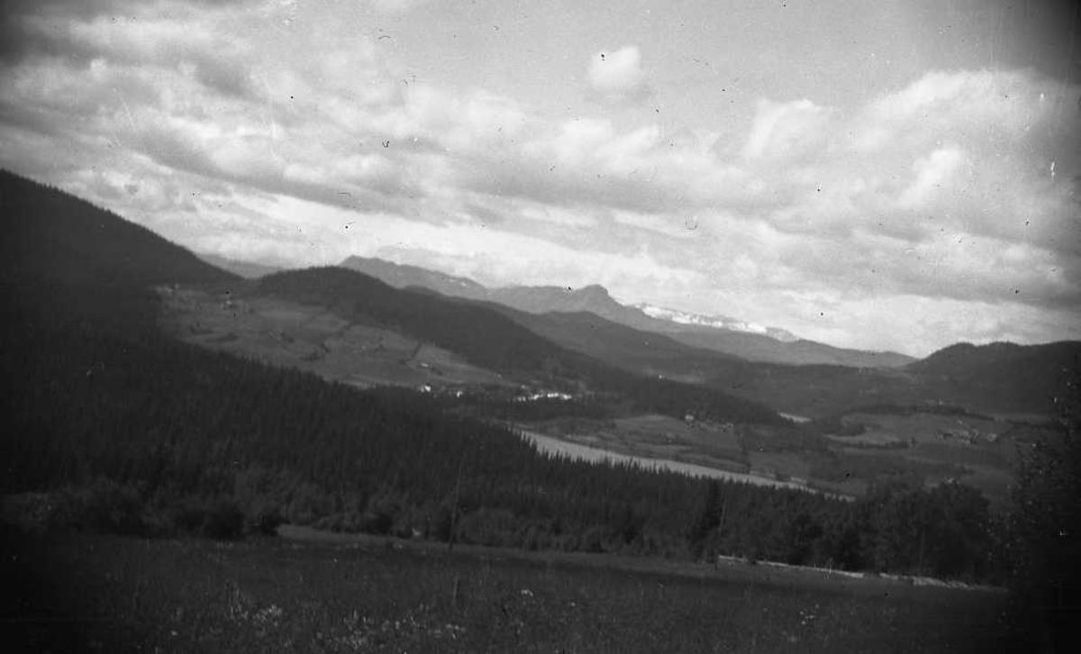 Landskap, fjell, grend