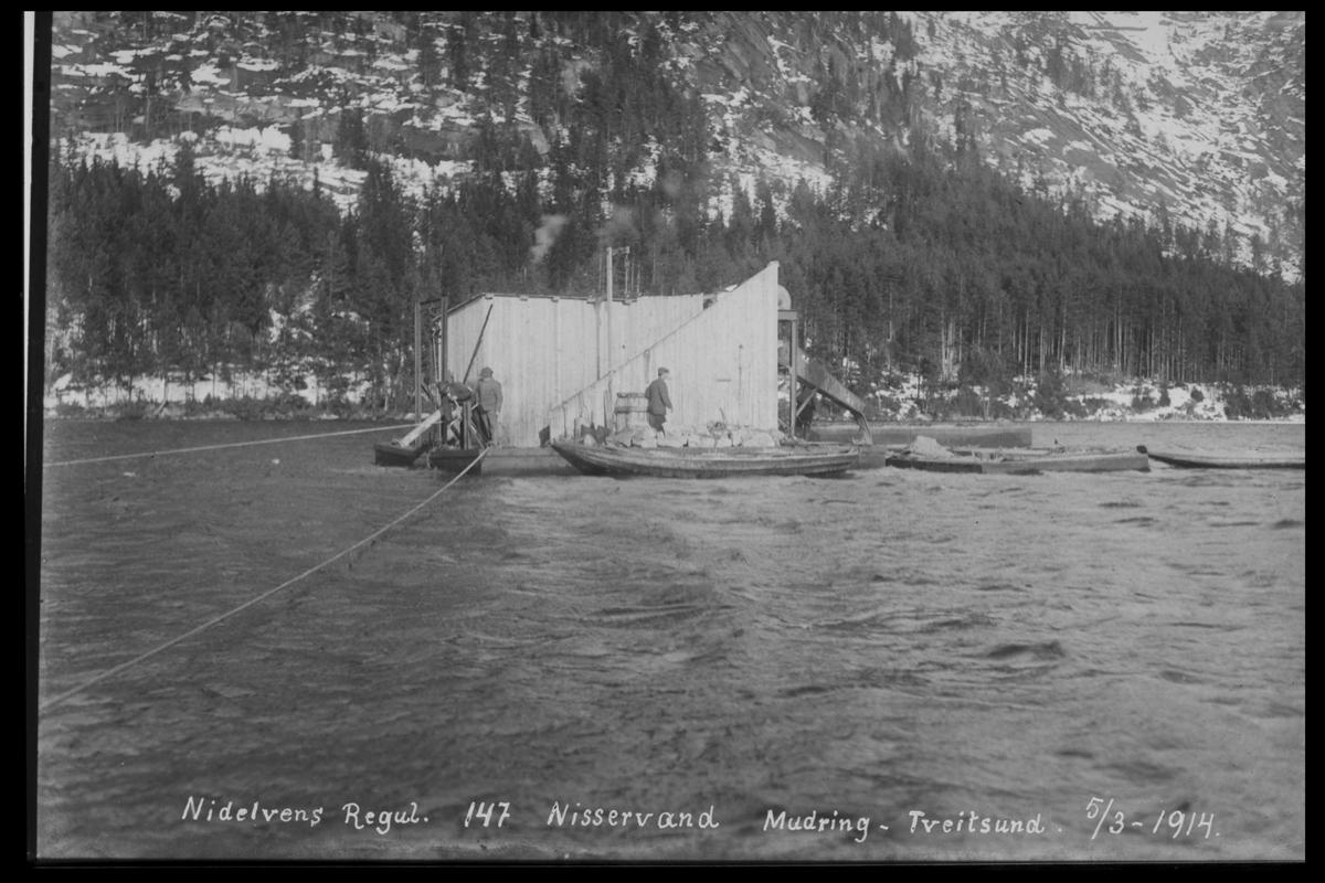 Arendal Fossekompani i begynnelsen av 1900-tallet CD merket 0468, Bilde: 95 Sted: Tveitsund, Nisservann Beskrivelse: Mudring