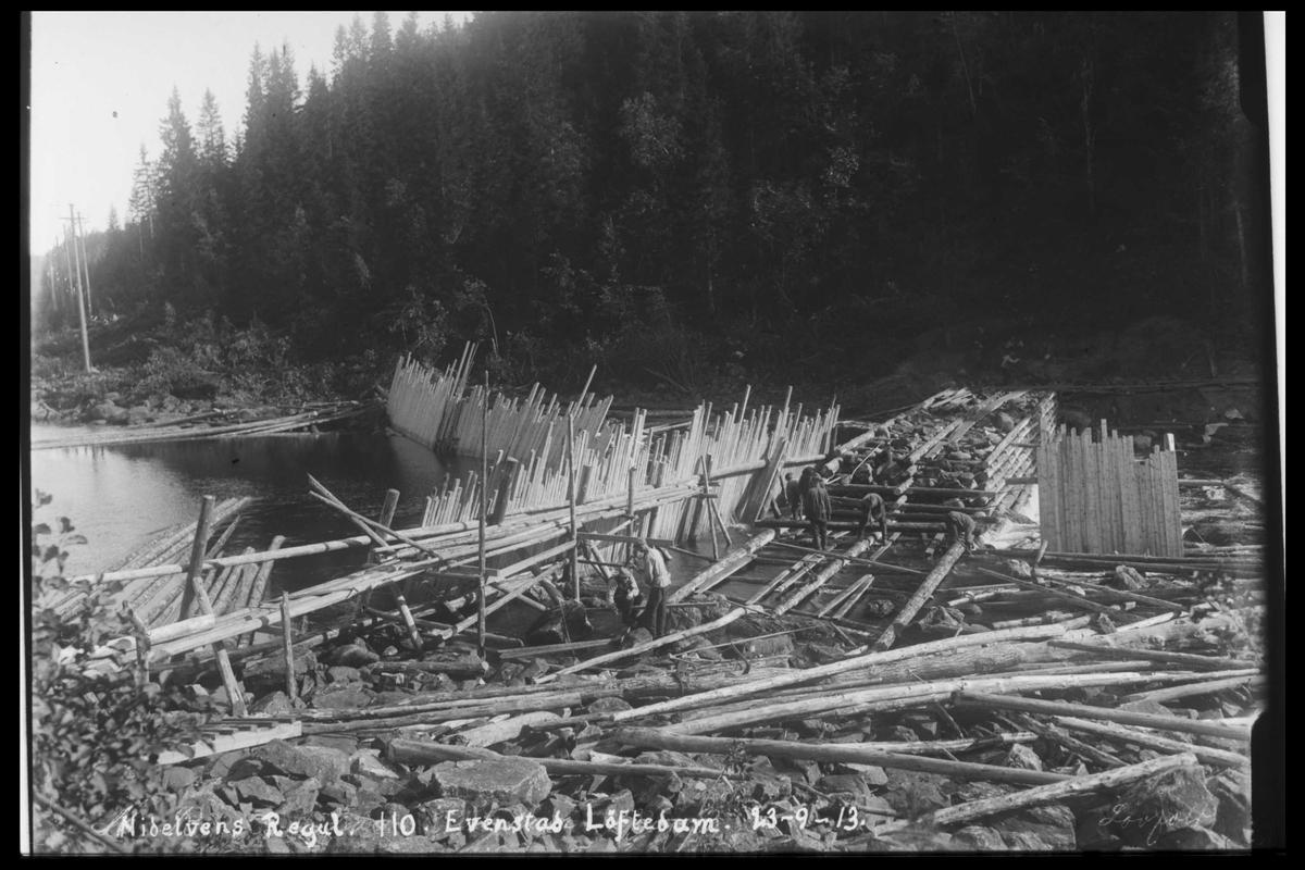 Arendal Fossekompani i begynnelsen av 1900-tallet CD merket 0474, Bilde: 92 Sted: Evenstad løftedam Beskrivelse: Damanlegget