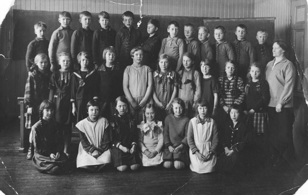Elever ved Kontra skole 1928