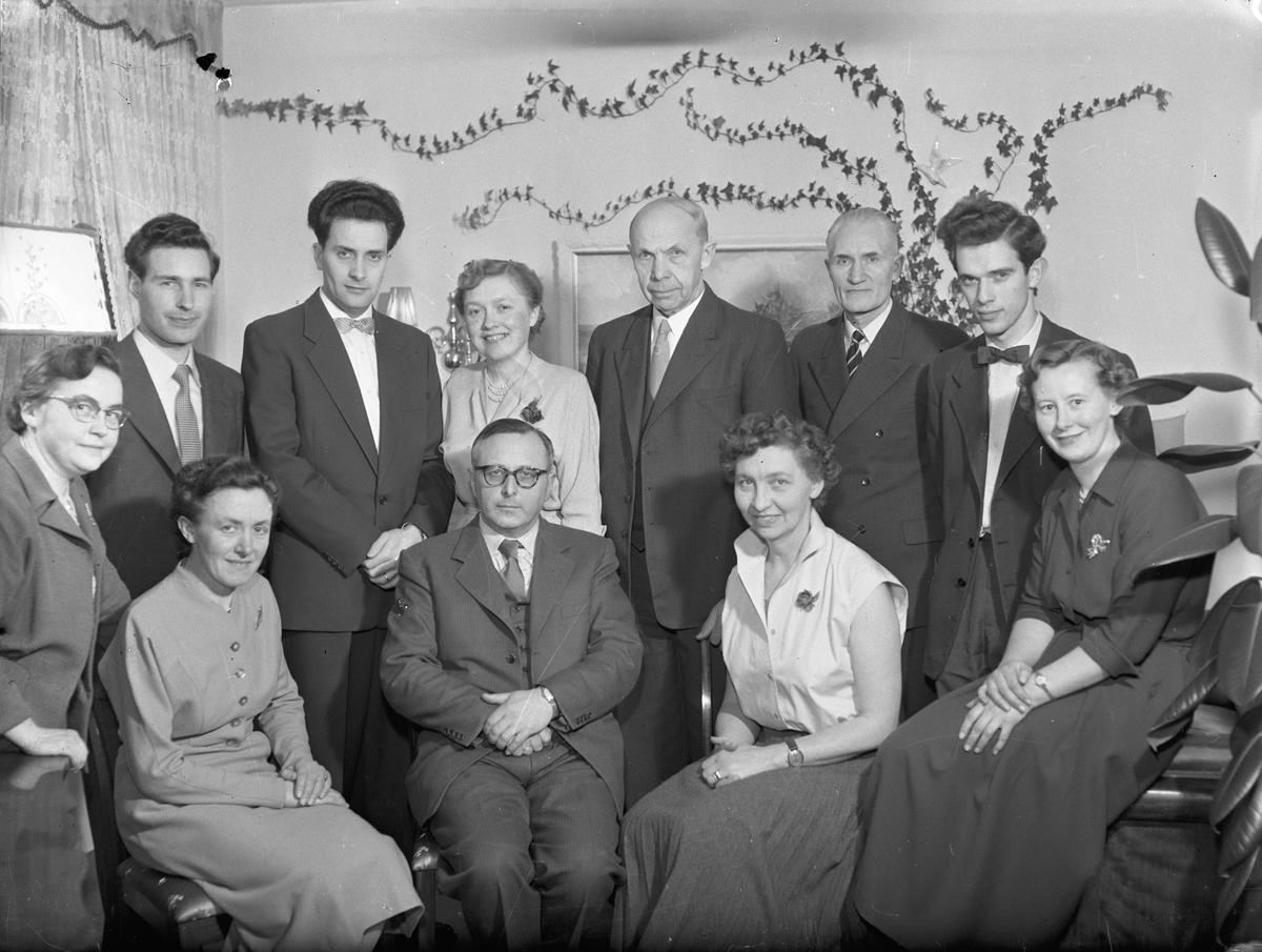 Bjerkely. 8. mars 1958. Lærerværelset.