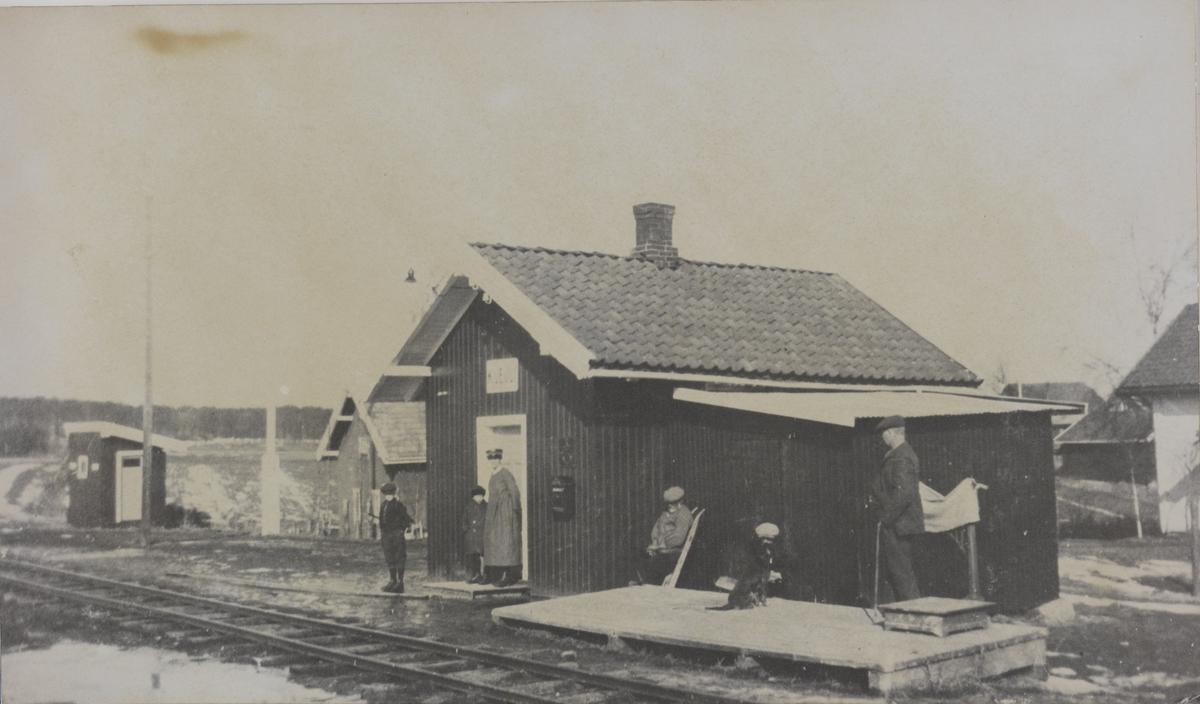 Kvevli stasjon.