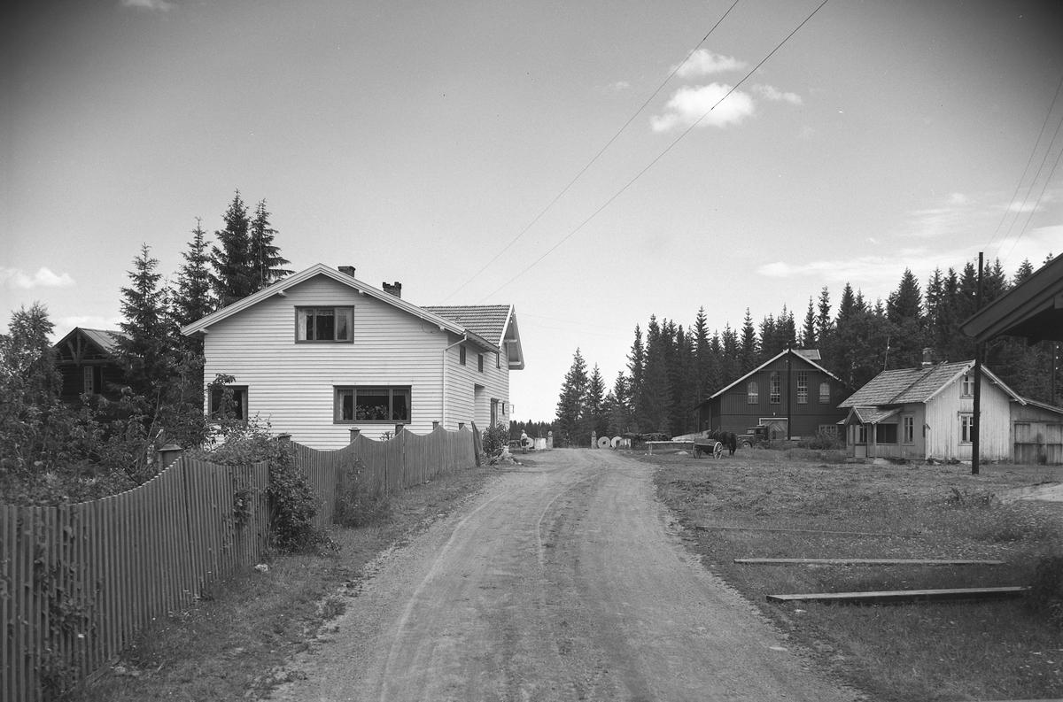 EKSTR: GARDSTUN, KLÆPA BRUK, MØLLE. Se Løtenboka, bind 3. Bygdeboka fra 1955, side 57