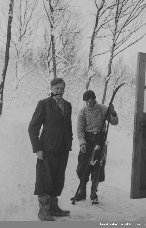 Leif Tronstad og Thor Viten i hovedkvarteret på Mösstrand.