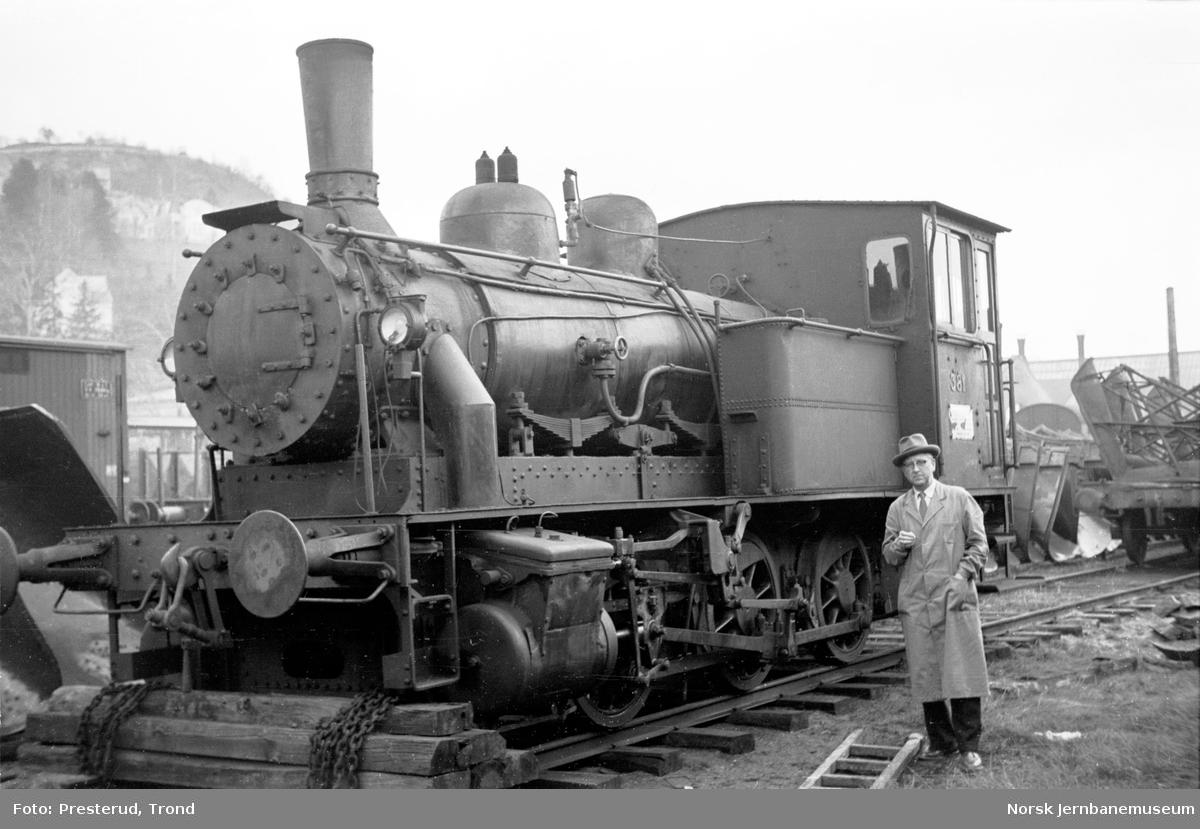 Damplokomotiv type 25c nr. 381