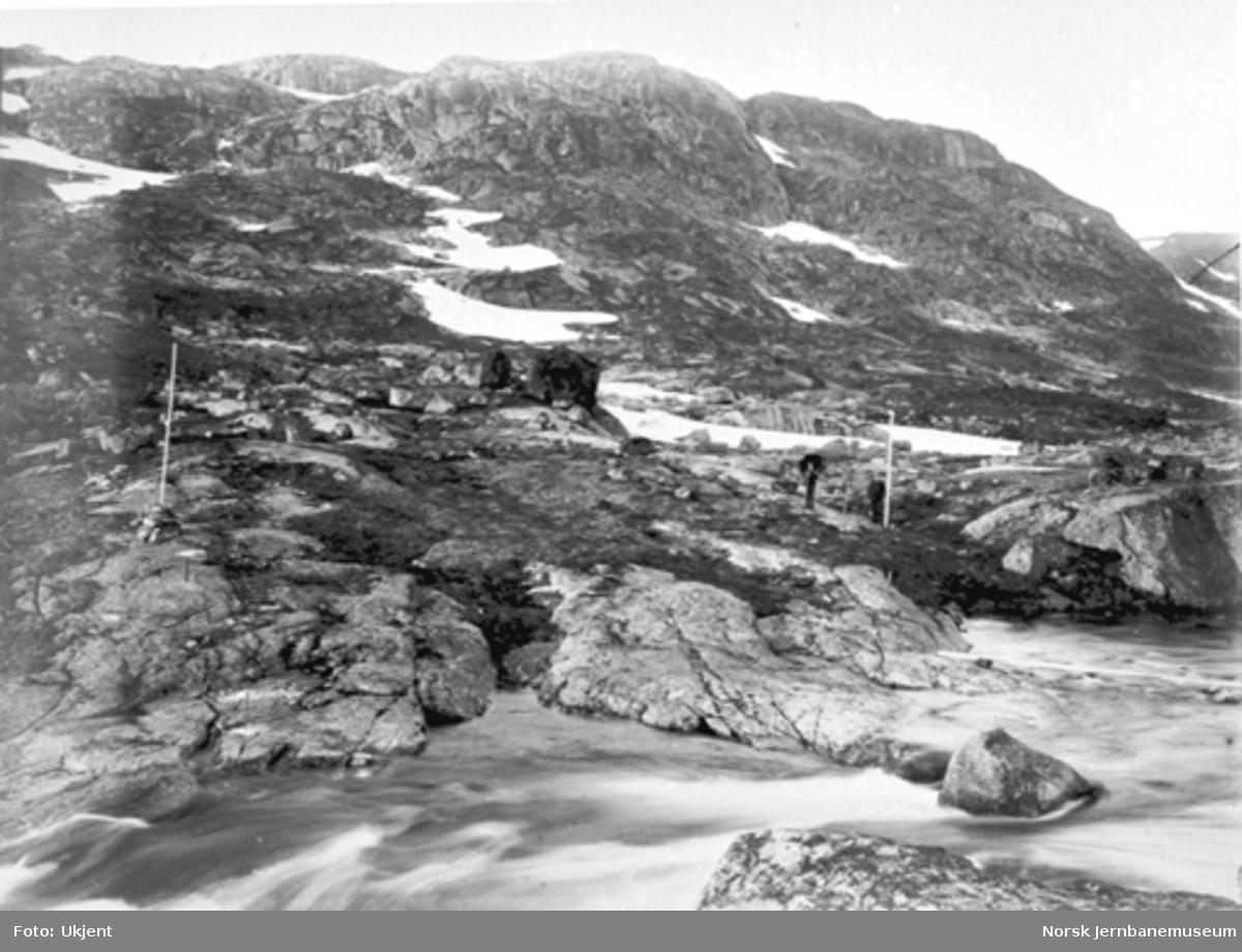 Bergensbanens anlegg; parti fra oset av Svartevatn