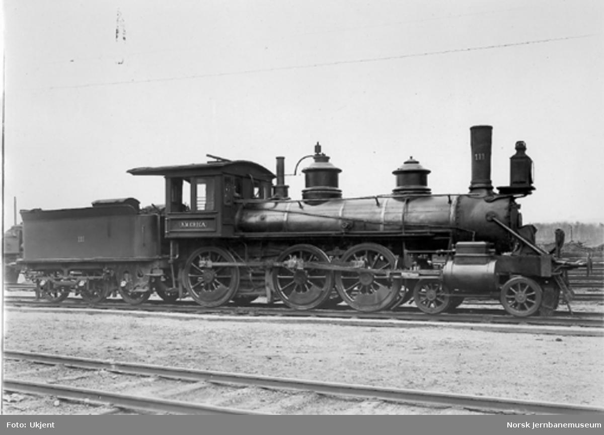 "Damplokomotiv type 14a nr. 111 ""America"""