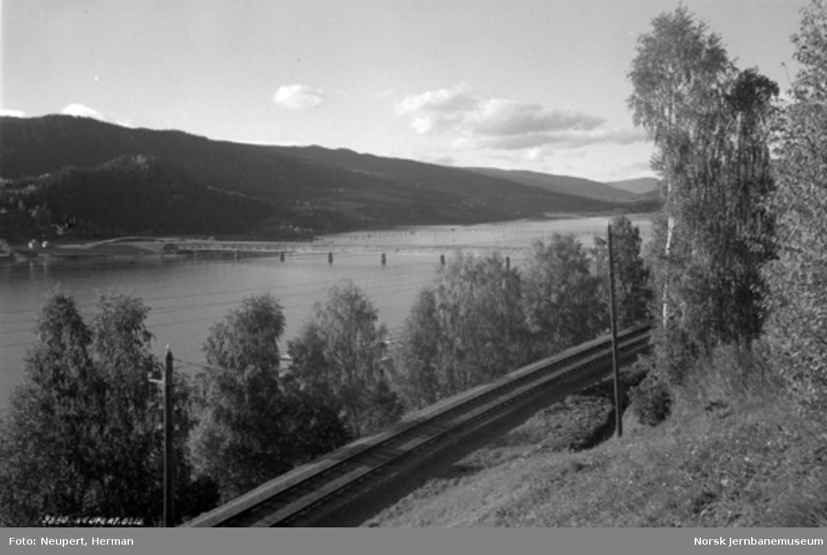 Traséføring mellom Bergseng og Lillehammer, foto nordover med Vingnesbrua i bakgrunnen