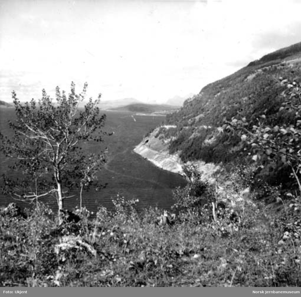 Nordlandsbanens trasé nord for Setså mot søndre innslag for Kvænfloget tunnel