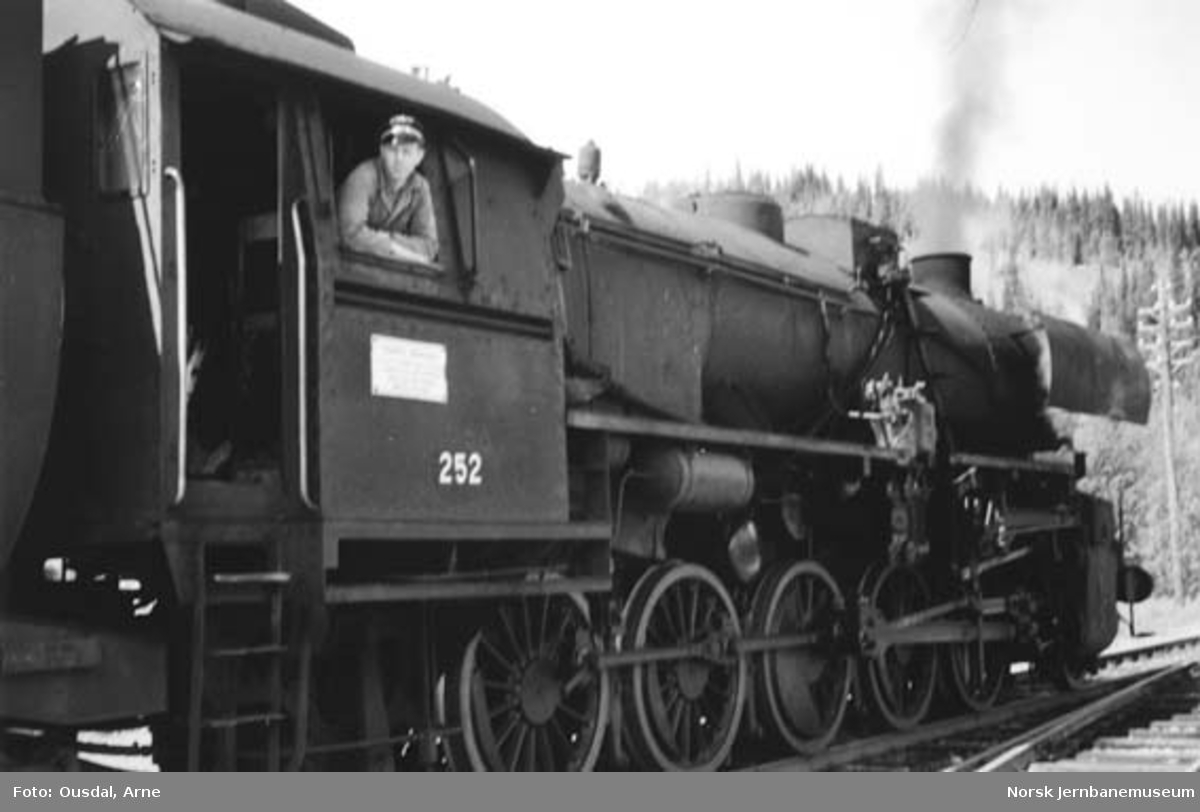 Damplokomotiv type 63a nr. 252
