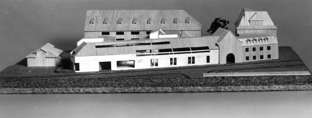 Utbyggingsplan for Norsk folkemuseum, en modell av arkitektene Telje-Torp- Aasen.