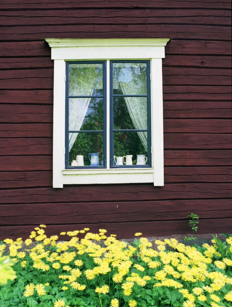 Veranda på bostadshus med sexdelad plan, Ekeby, Bälinge socken, Uppland 1995