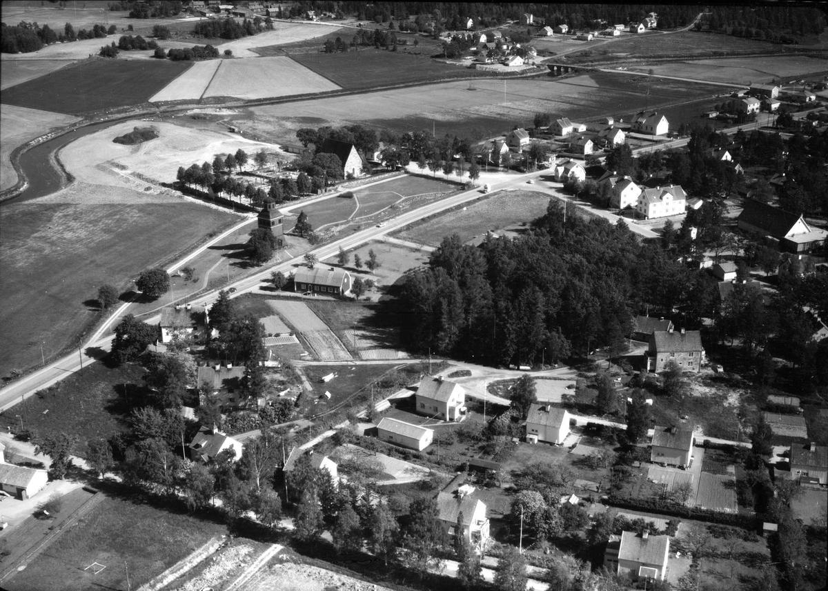 Flygfoto över Gimo, Skäfthammars socken, Uppland 1966