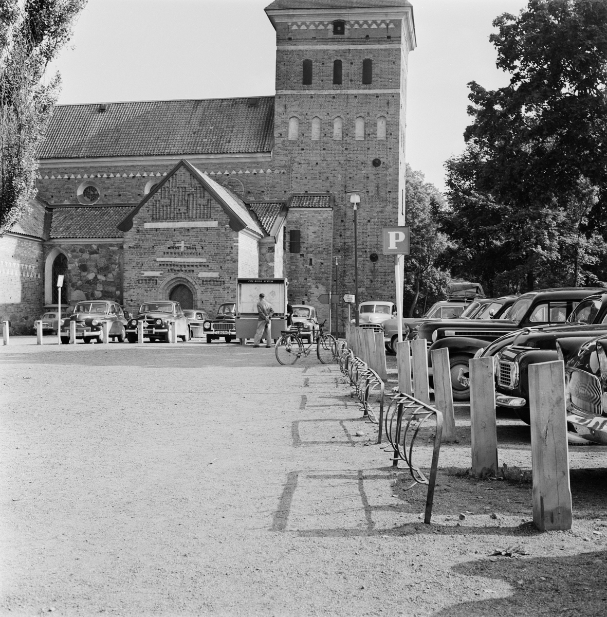 Parkering vid Helga Trefaldighets kyrka, Uppsala