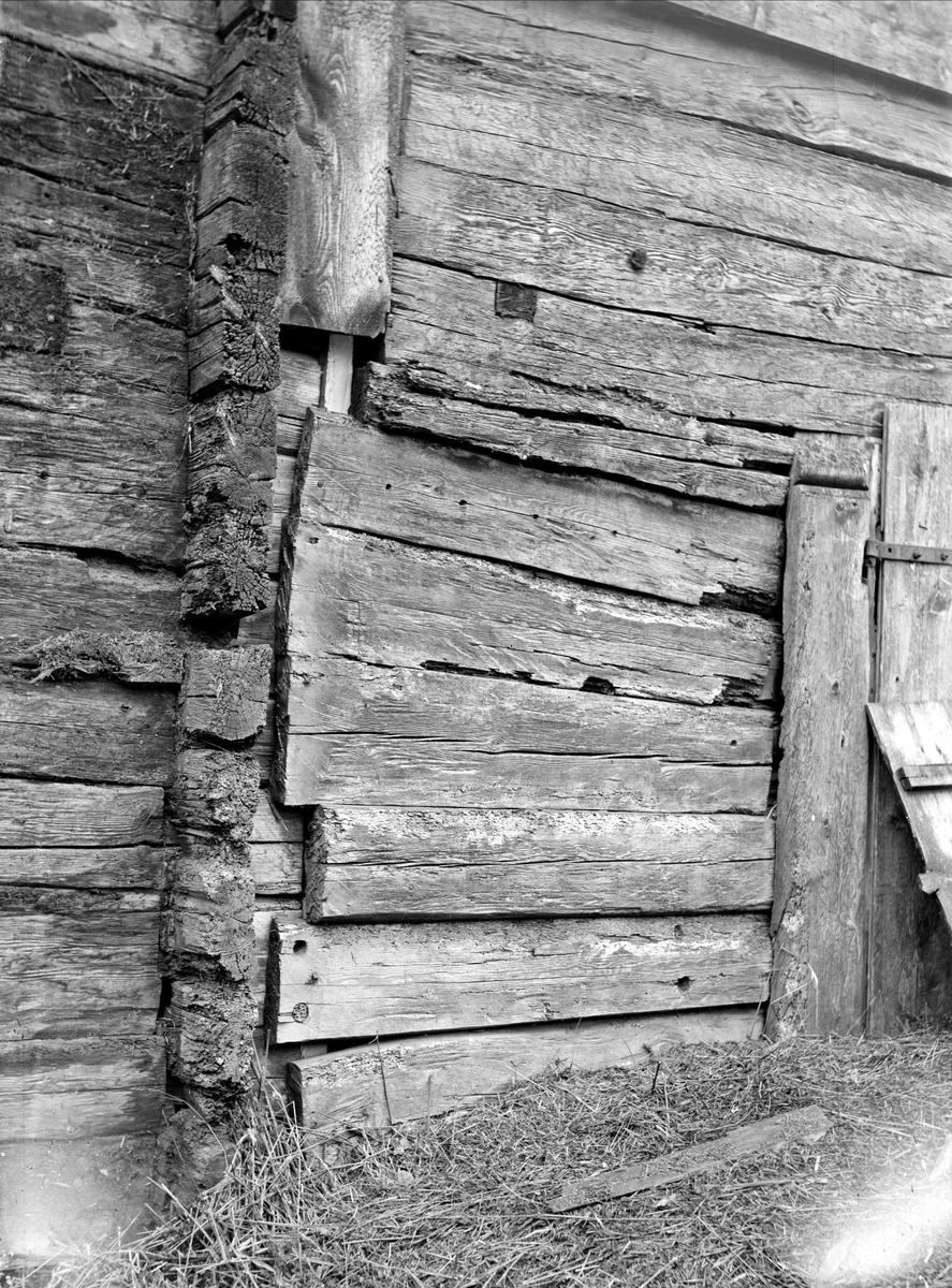 Stallportlidret - nu på friluftsmuseet Disagården - på ursprunglig plats i Gränby, Björklinge socken, Uppland