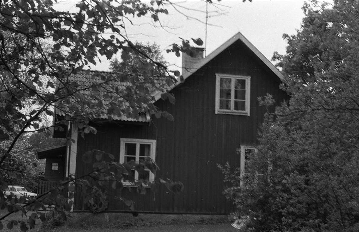Bostadshus, Gamla skogvaktarbostaden, Sätuna, Björklinge socken, Uppland