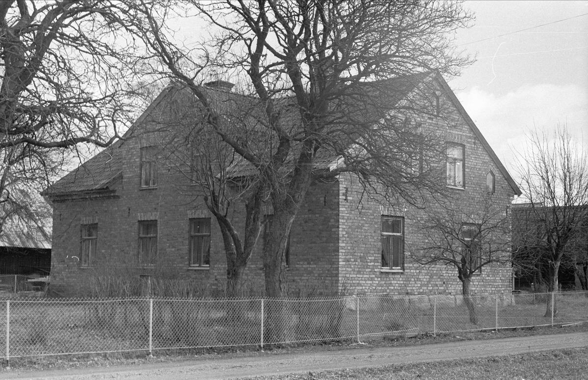 Mangårdsbyggnad, Låta 2:2, Ärentuna socken, Uppland 1977