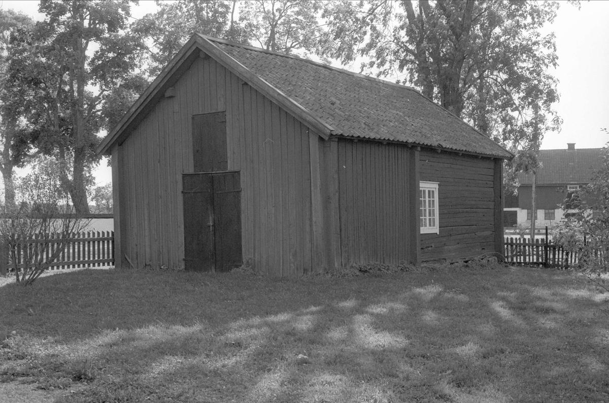 Uthus, Bälinge prästgård, Bälinge socken, Uppland 1983