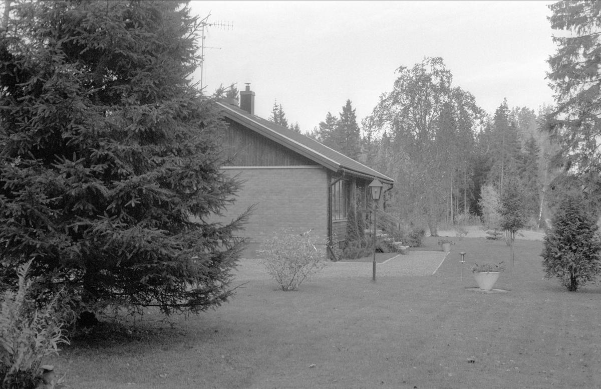 Bostadshus, Oxsätra 5:2, Bälinge socken, Uppland 1983