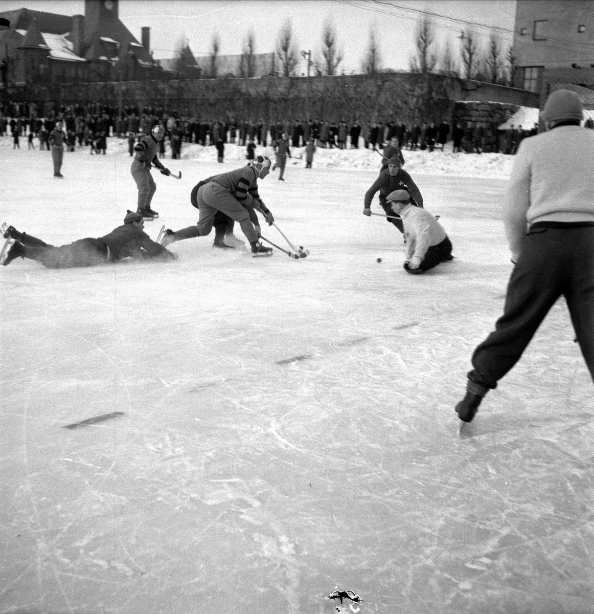 Bandy -  IK Sirius - IFK Stockholm, Stockholm 1954