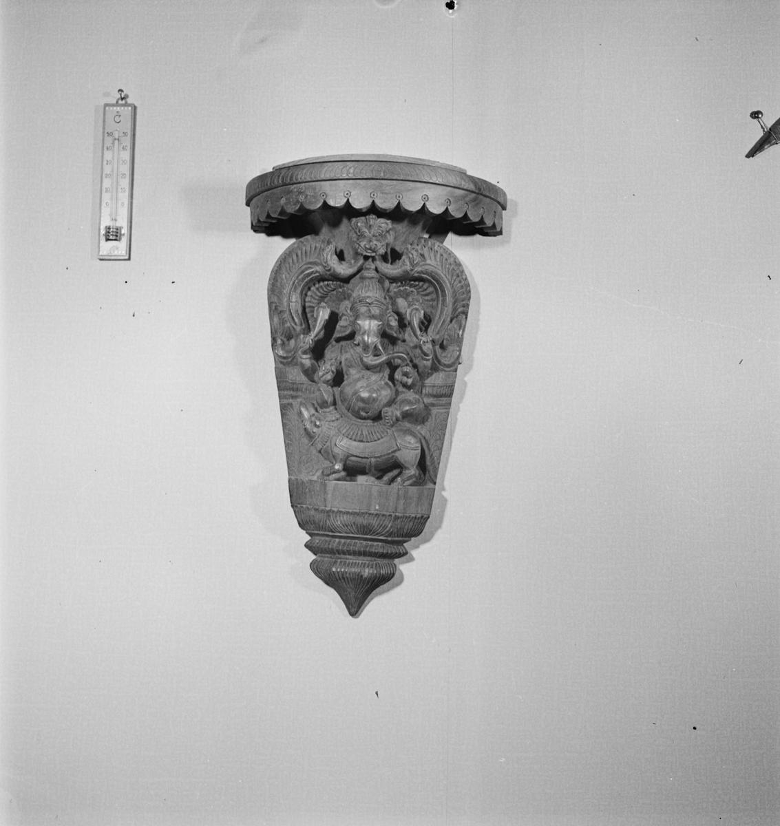 Styrelsen för Svenska kyrkans mission - smycke, sannolikt Uppsala 1952