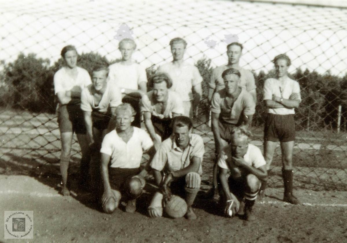 Fotballag fra Konsmo. Audnedal.