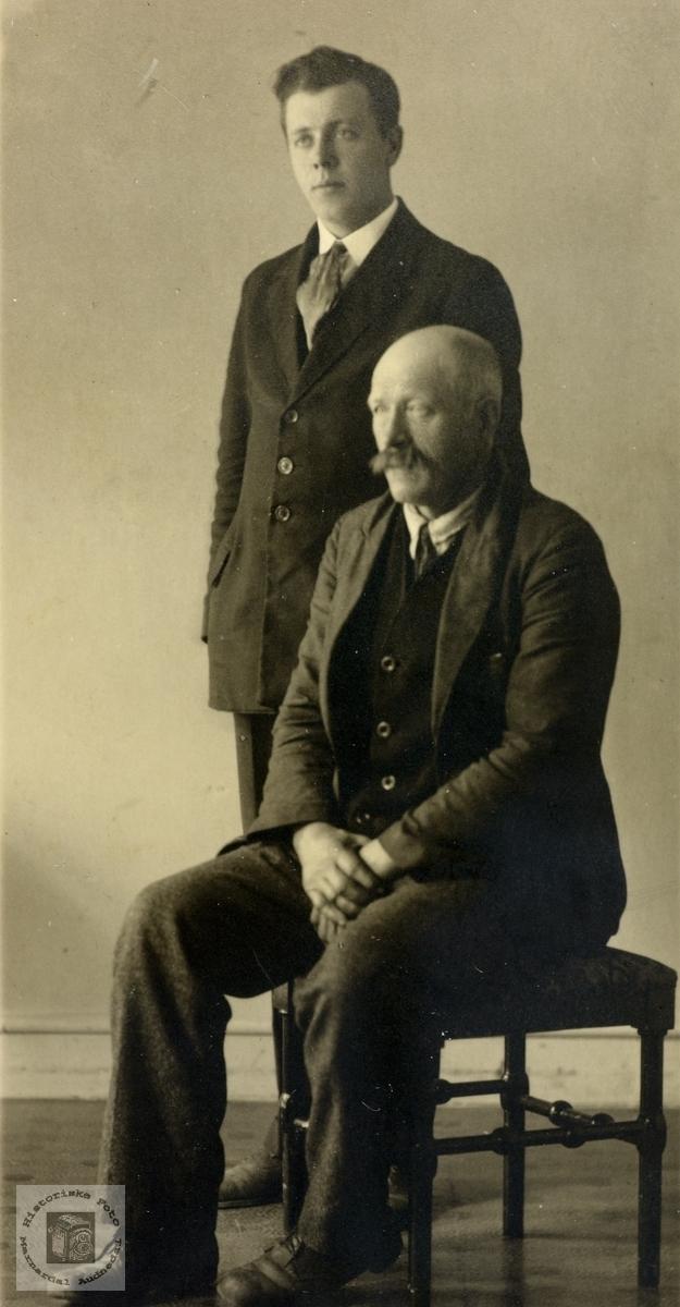 Portrett av to lektninger fra Grindheim.