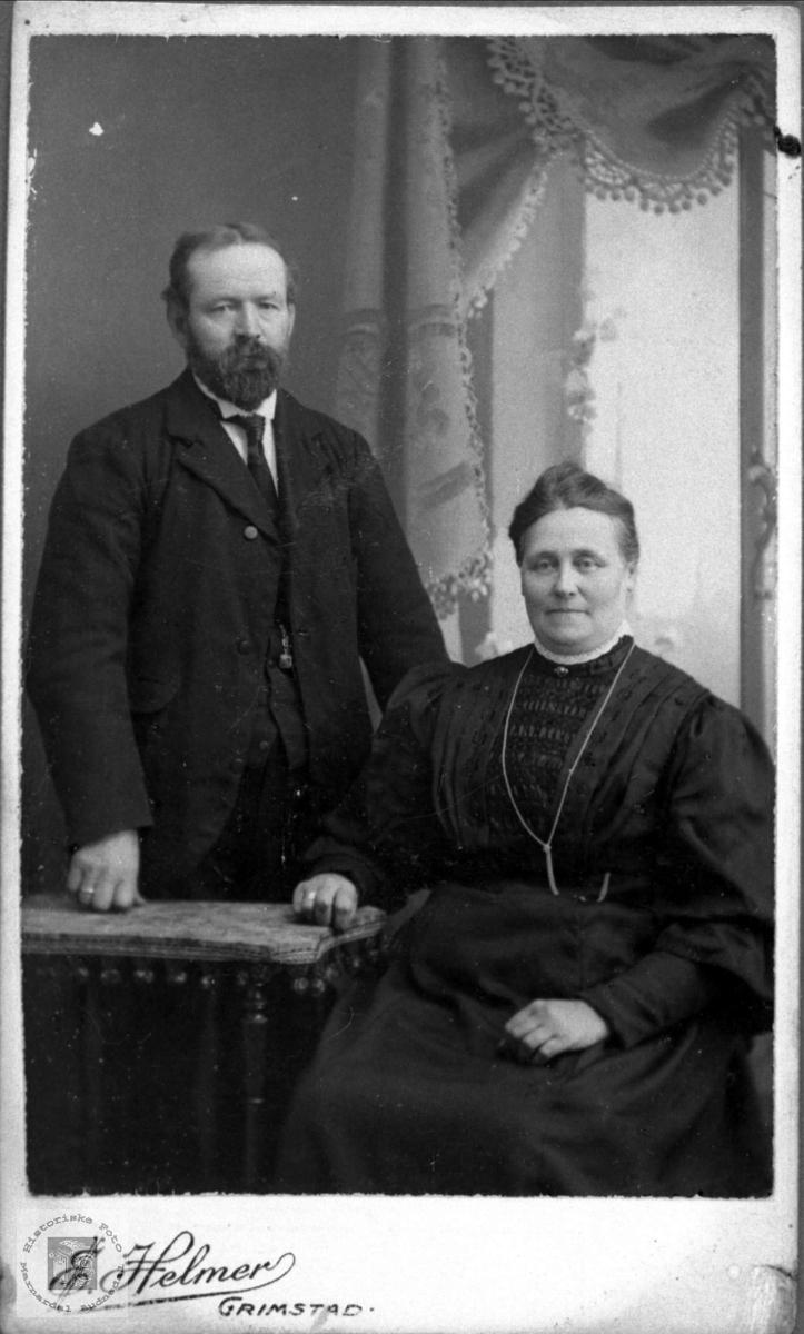 Ekteparet Aasne og Tobias Woxholdt