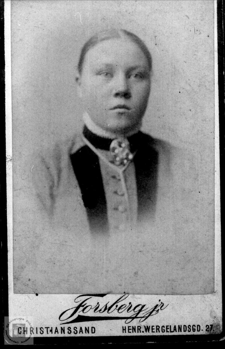Portrett av Gunvor Abelseth, Bjelland..