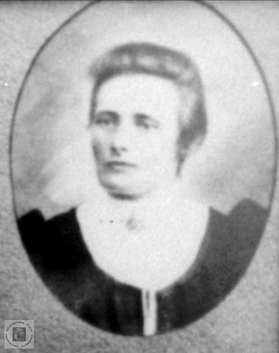 Portrett av Anna Roland, Bjelland.