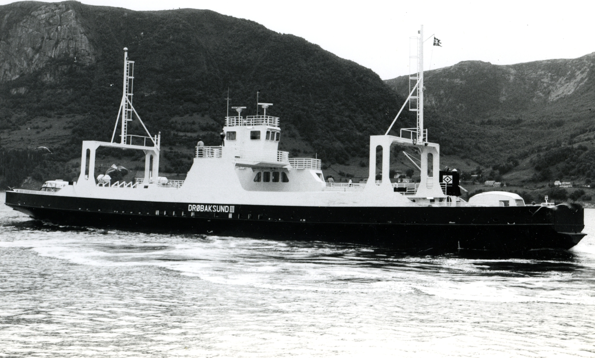 M/F Drøbaksund III (Mjøsfergen IV)(b.1969, Ankerløkken Verft A/S, Florø)