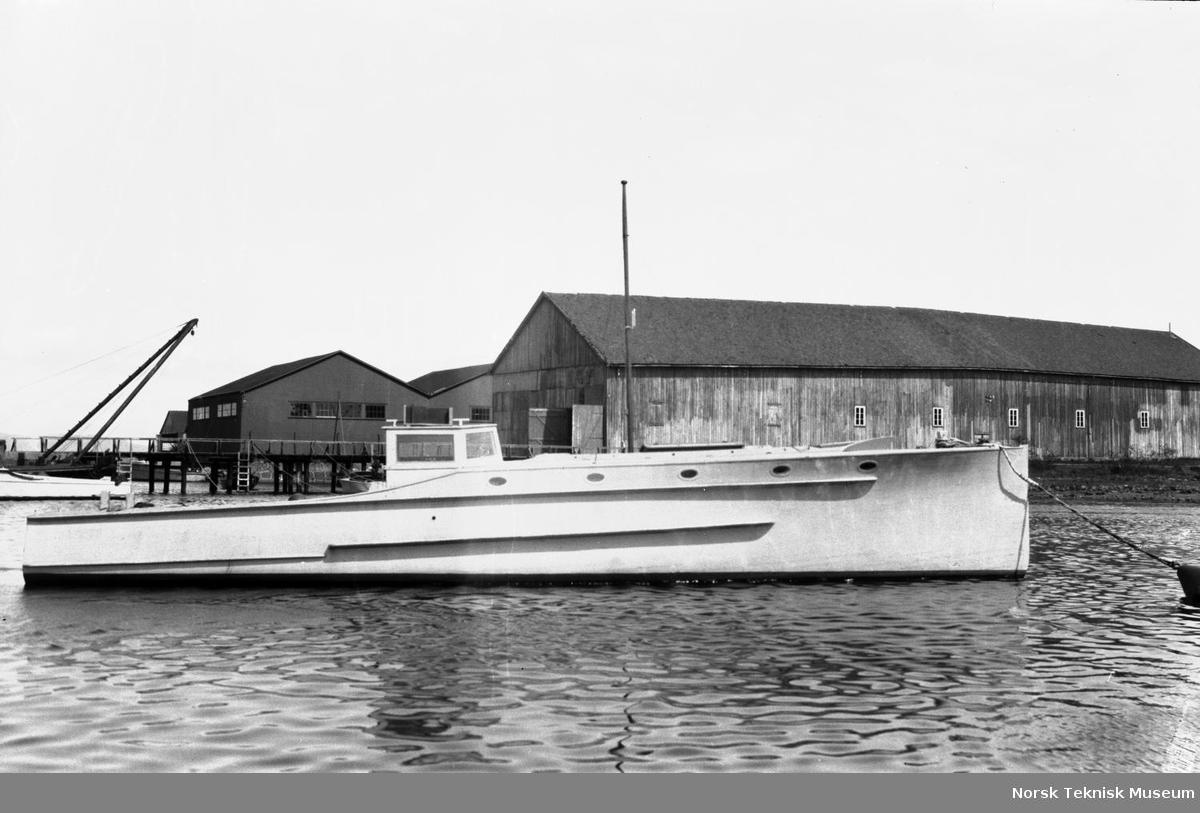 Motorbåt nr 12