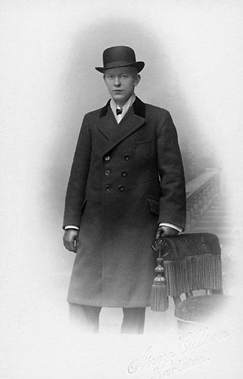 """Stämpel på framsidan: """"Anna Olson, Karlstad."""""""