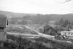 Rådjursvägen, Ulvstigen och till höger en bit bort Helenedal