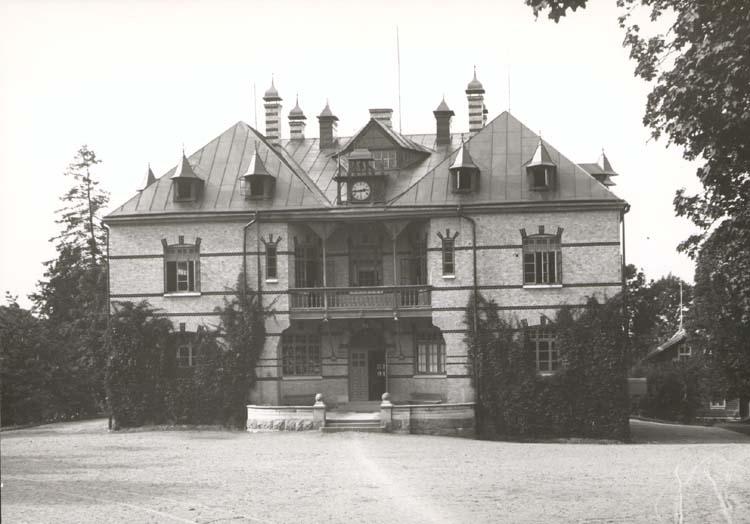 Gustafsbergs skolhus, Uddevalla