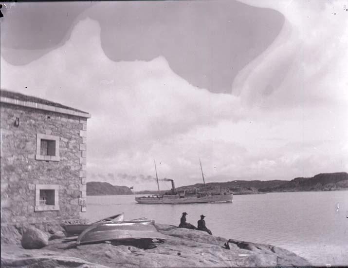 """Enligt text som medföljde bilden: """"Marstrand, Ång. """"Västkusten."""" ::"""