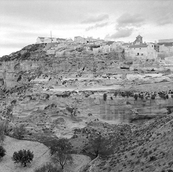 39. Spanien. Fotojournal finns på B.M.A. + fotoalbum. Samtidigt förvärv: Böcker och arkivmaterial. Foton tagna mellen 1959-11-11 och 1959-11-12. 12 Bilder i serie.