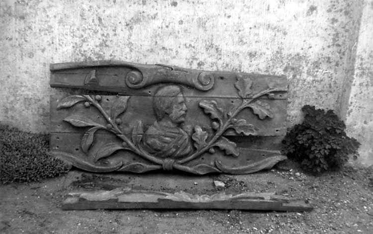 "Skrivet på baksidan: ""Relief af Professor Nordenskjöld, forlist 1907-08"""