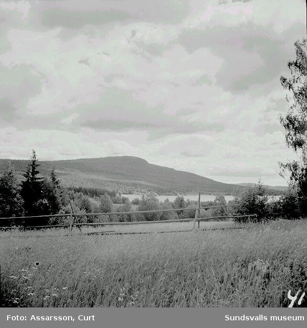 Utsikt över Borgsjö och Bergåsen.