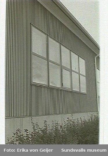 Nackstaskolan, Havren 2, Axvägen 5.  Hus 1, fönsterparti i original.