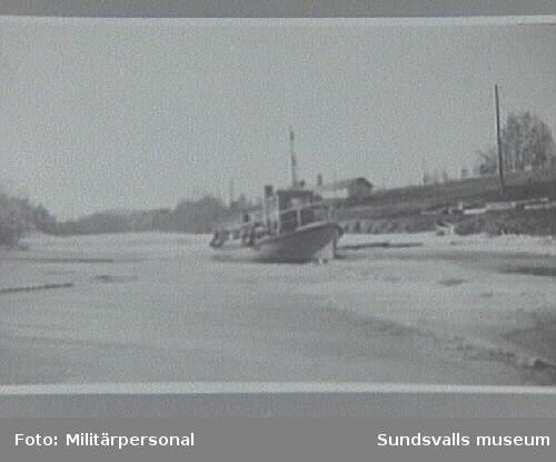 Framåt i Selångersån 1941 (före mobilisering). Framåt infordrades av militären under krigsårenFotot taget av militärprsonal fr Ö