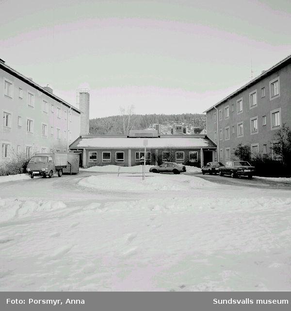 Holmgården, f. d. pensionärshem och senare under några år fram till 1998 studentbostäder, kv Väständan, Holmgatan.