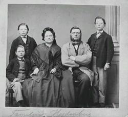 Familjen Hejdenberg, fru Blombergson, Pastor Brandell, Mamse